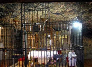 Interior del Santuario de Nª Sra. de la Balma