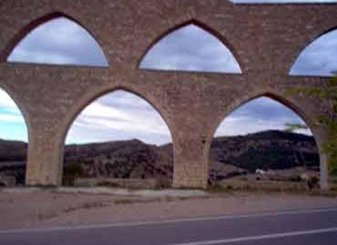 Acueducto de Morella (siglo XIII)