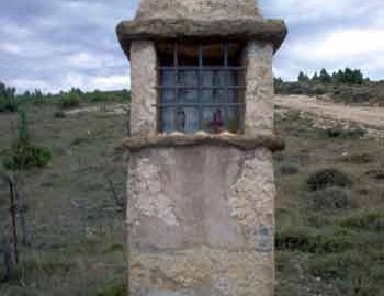 Capillita junto al desvío a Morella la Vieja