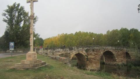 Puente sobre el Rio Cea