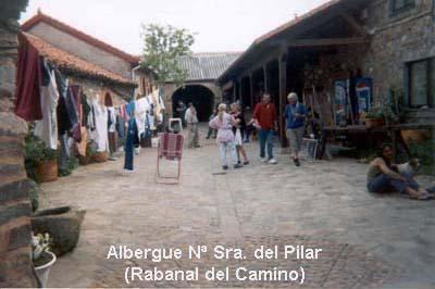 rabanal-albergue-01